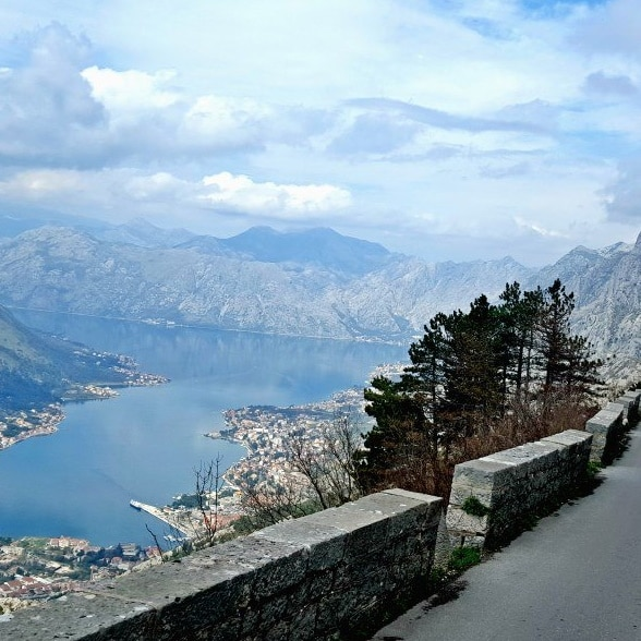 kotor-photography-tour-road